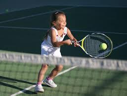 niña mini tenis